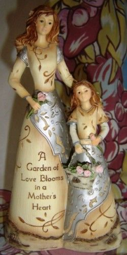 FIGURINES Mother and Daughter Inscription Message Pavilion Elements (GIF-52)
