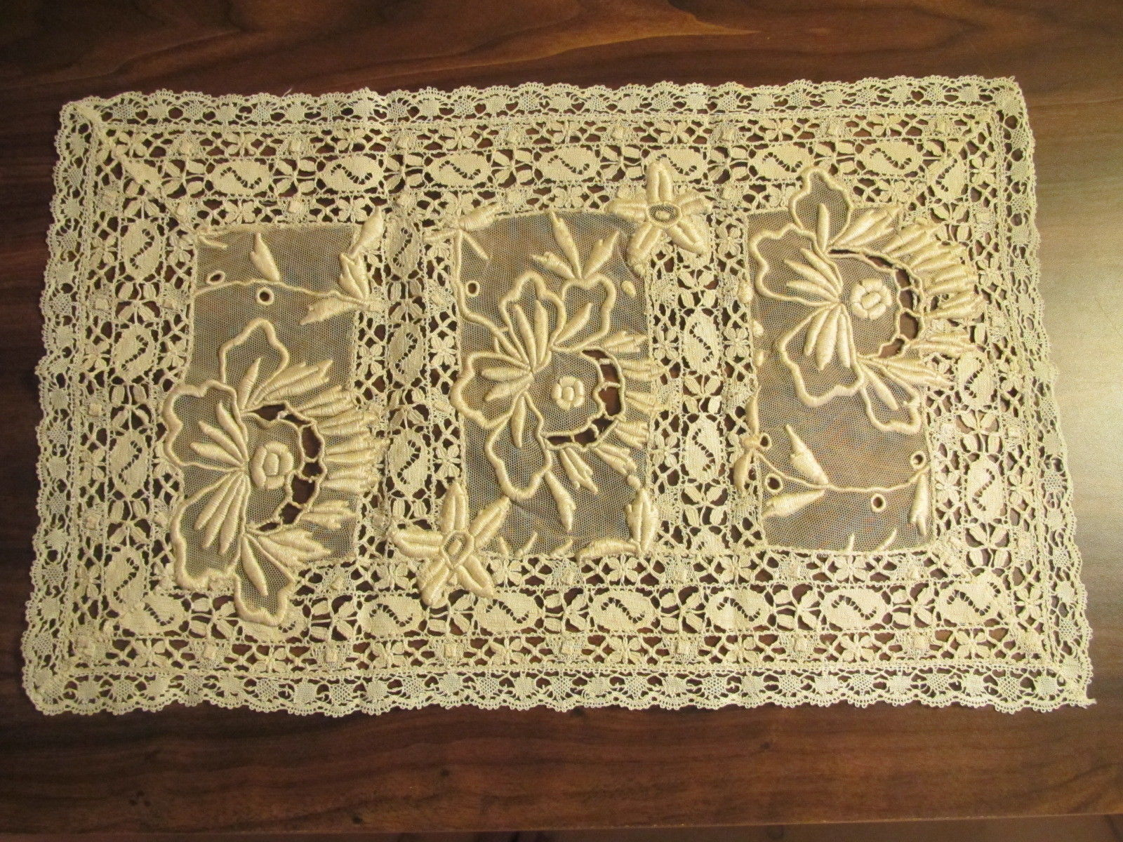 Antique Lace Placemat French Normandy Embroidered Whitework Table DoilyTray Mat (L&T-336)