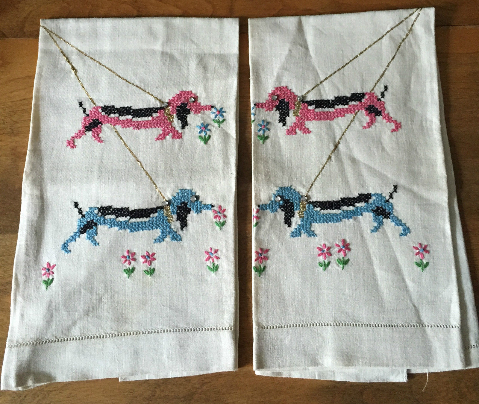 Linen Towels Dogs Guest Hand Towel Embroidered Vintage Set of 2 (L&T-396)
