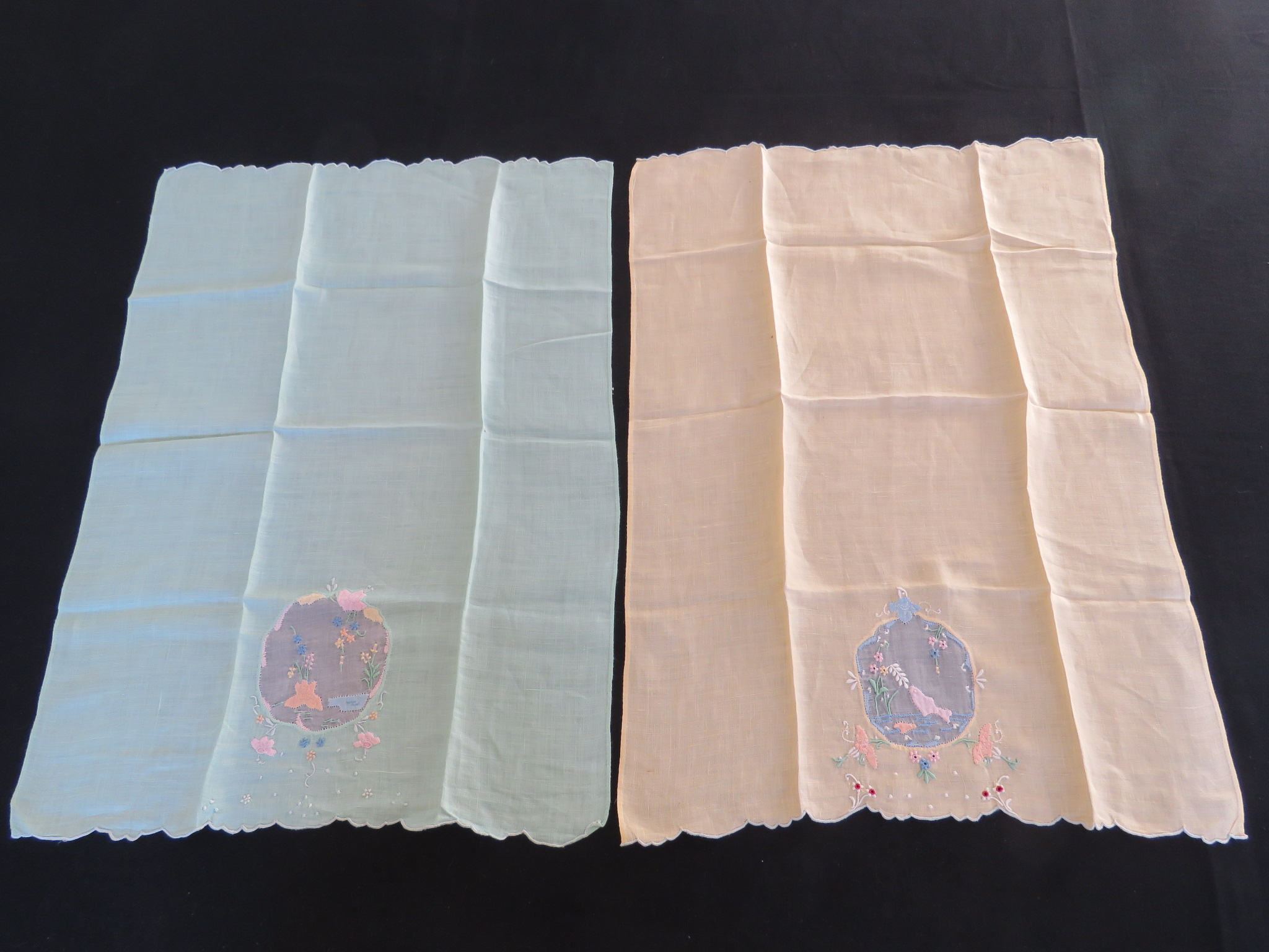 "Vintage Tapestry Panel European Scenic Landscape Table Runner 20"" Square (L&T-484)"