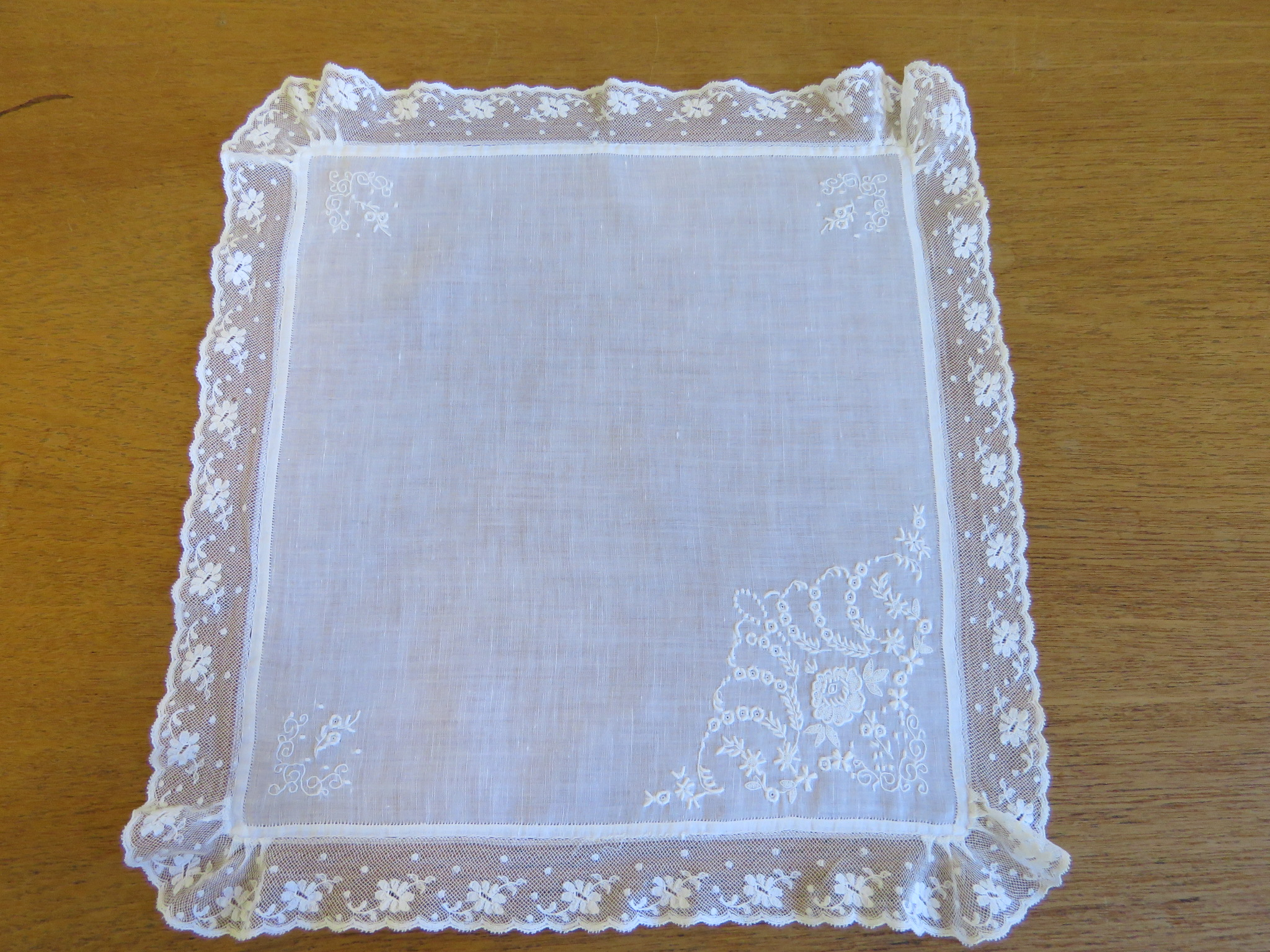 Antique Vintage Wedding Handkerchief White Linen Bridal Embroidered Lace Edging  (LAC-279)